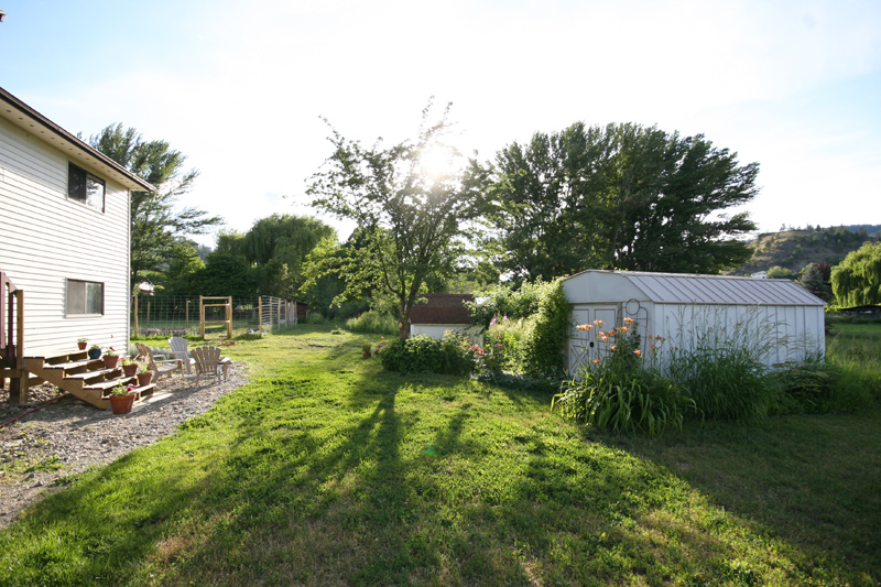 12318 Barnes Street listed by Mike Stohler remax orchard country 4